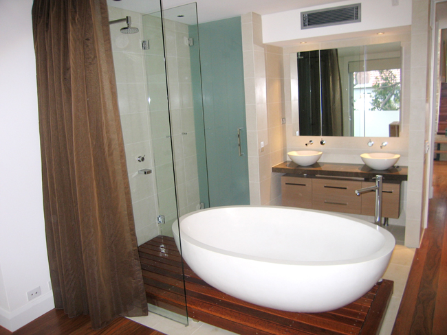 Remarkable Bathroom Renovations 650 x 488 · 267 kB · jpeg
